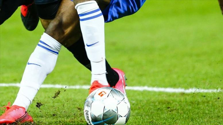 Almanya'da 1. ve 2. futbol liglerinin 30 Nisan'a kadar askıya alınması tavsiye edildi