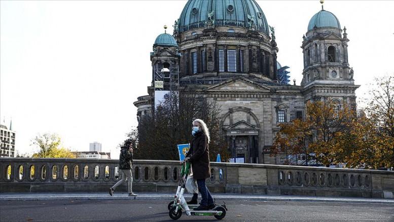 Almanya'da günlük en yüksek Kovid-19 vaka sayısına ulaşıldı