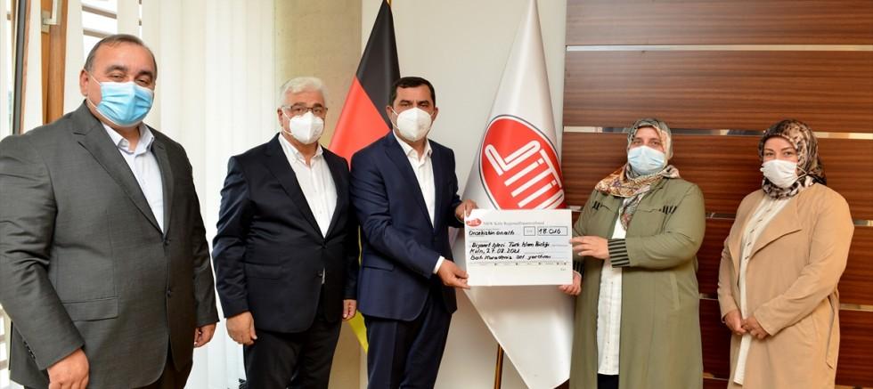 Almanya'daki Türk kadınlarından selden zarar görenlere destek