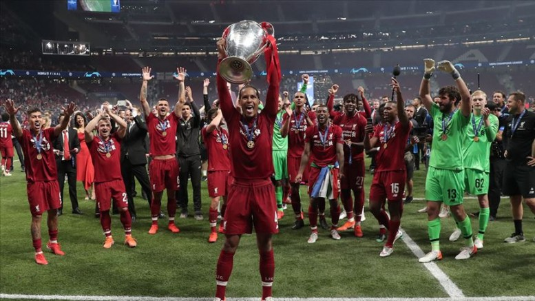 Avrupa'da yılın futbolcusu Van Dijk