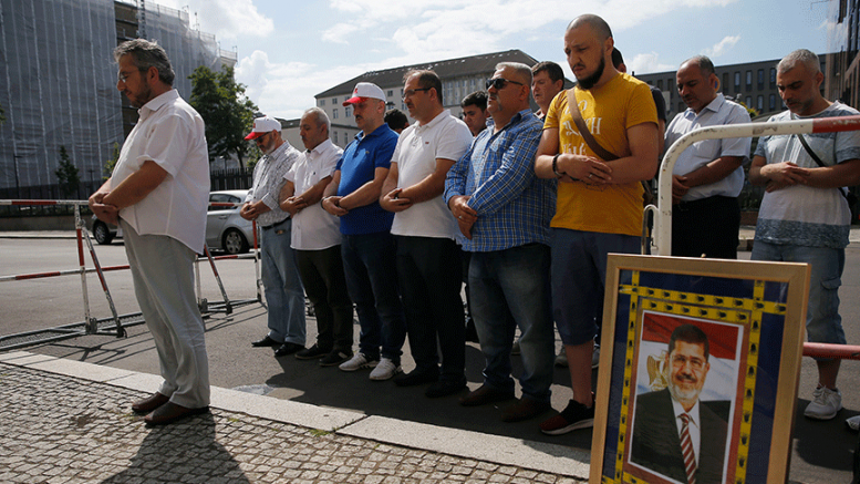 Berlin'de Mursi için gıyabi cenaze namazı