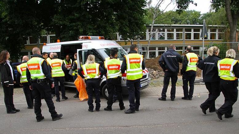 Berlin Strausberg'te uçak düştü: 2 ölü