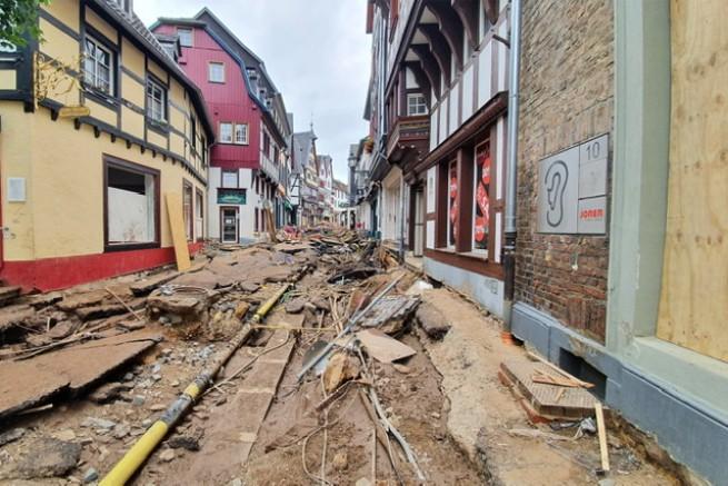 DİTİB, sel felaketi için toplanan bağışların ilk etabını gönderdi