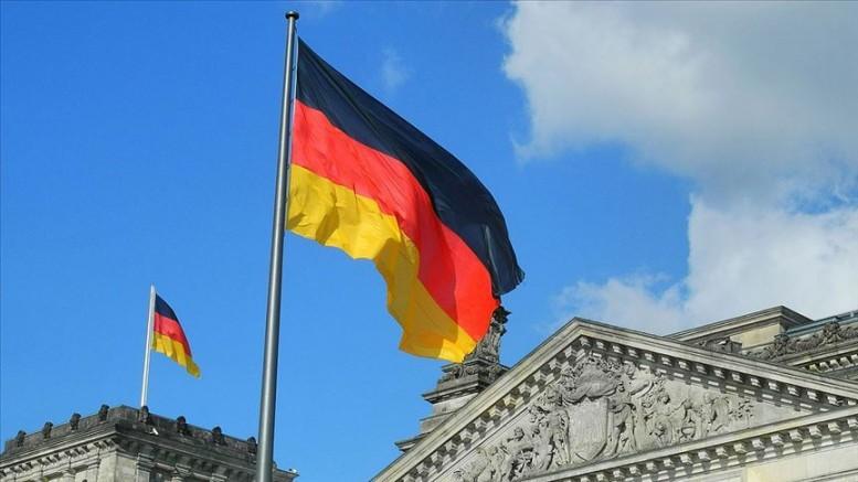 Klingbeil: Koalisyona Merkel'le girdik, onunla da çıkacağız