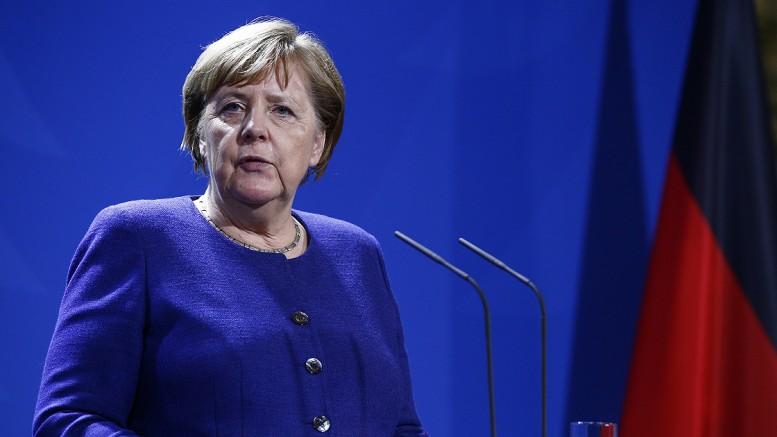 Merkel: Hafter'in ateşkese uymayı sürdürmeye hazır olması iyi haber